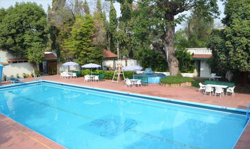 Swimming pool secunderabad club - Club mahindra kandaghat swimming pool ...